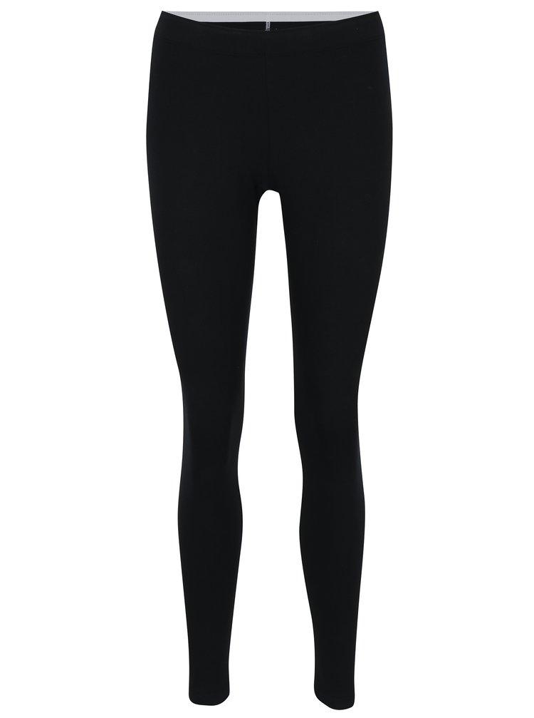 cf475c0a0d1e Čierne dámske športové legíny s potlačou Nike Sportswear Logo Club ...