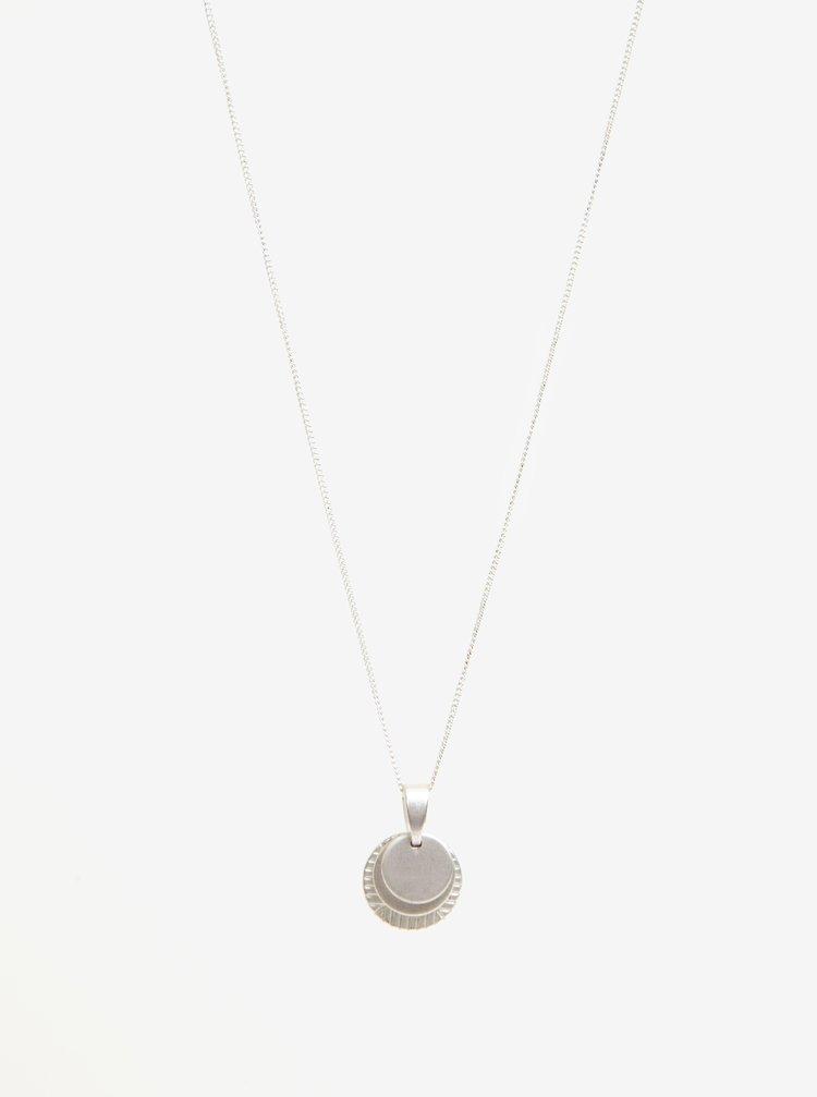 Náhrdelník ve stříbrné barvě s přívěškem VILA Efj Layer Emblem
