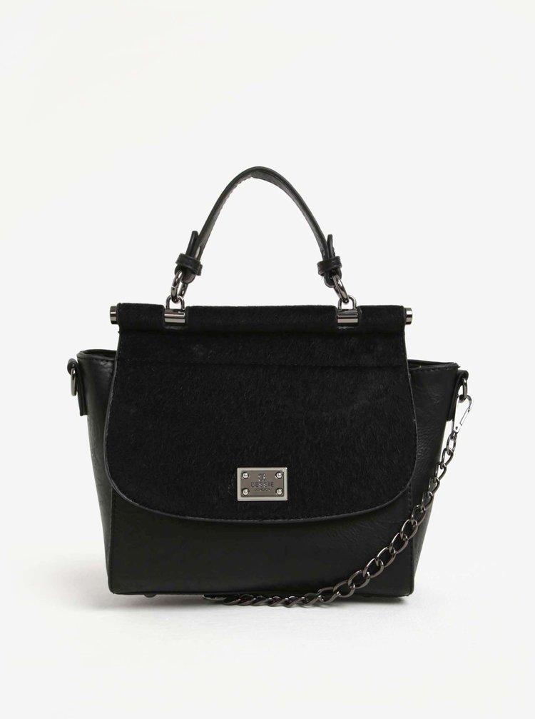 Čierna crossbody kabelka s umelou kožušinou na chlopni Bessie London