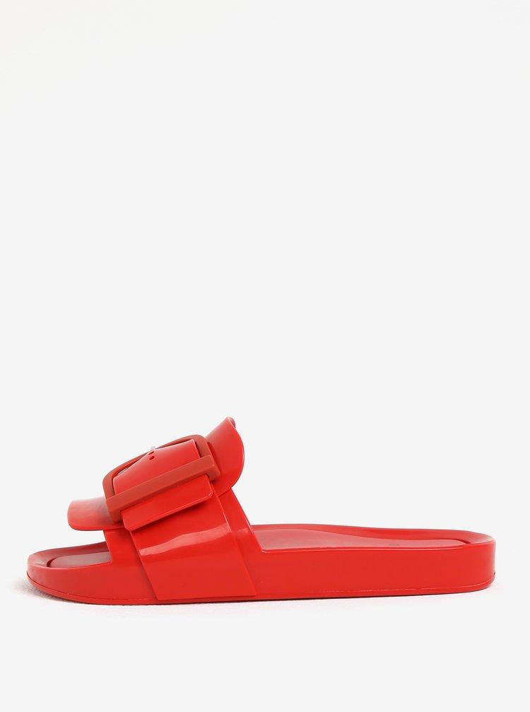 Papuci rosii cu catarama decorativa Melissa Beach Slide