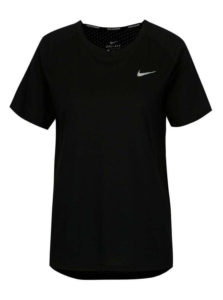 Černé dámské funkční tričko Nike Tailwind