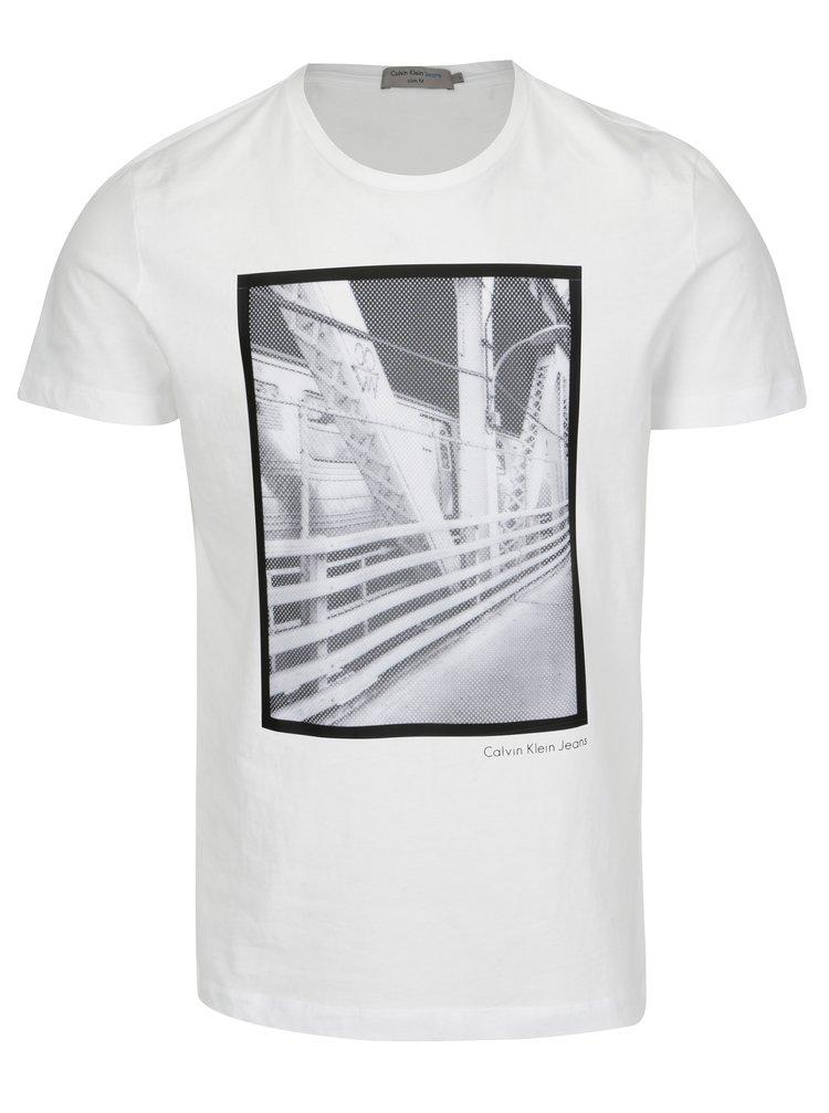 Bílé pánské slim fit tričko s potiskem Calvin Klein Jeans Teage