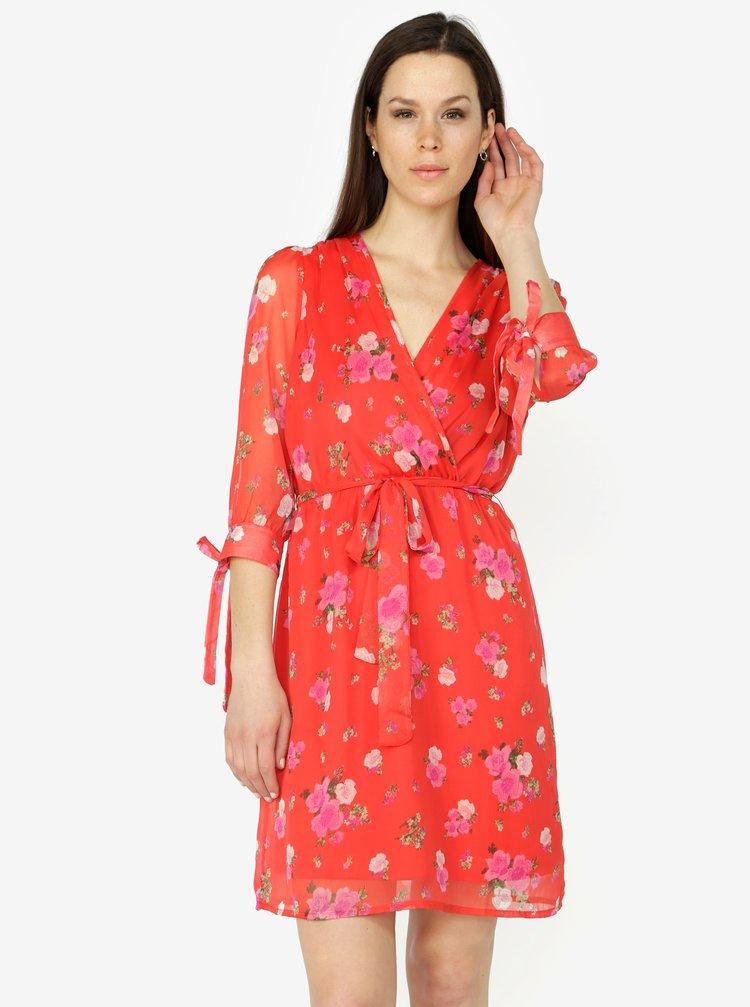 92b9a0d339be ... Červené kvetované šaty s 3 4 rukávom VERO MODA Lili mini
