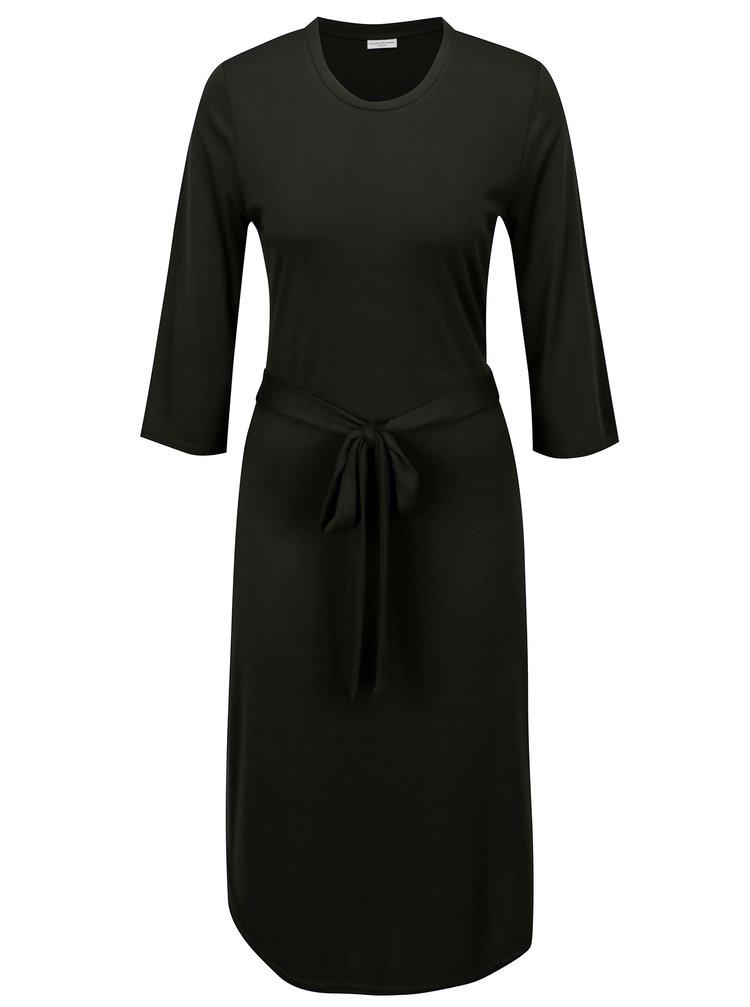 Černé žebrované šaty s páskem Jacqueline de Yong Ban