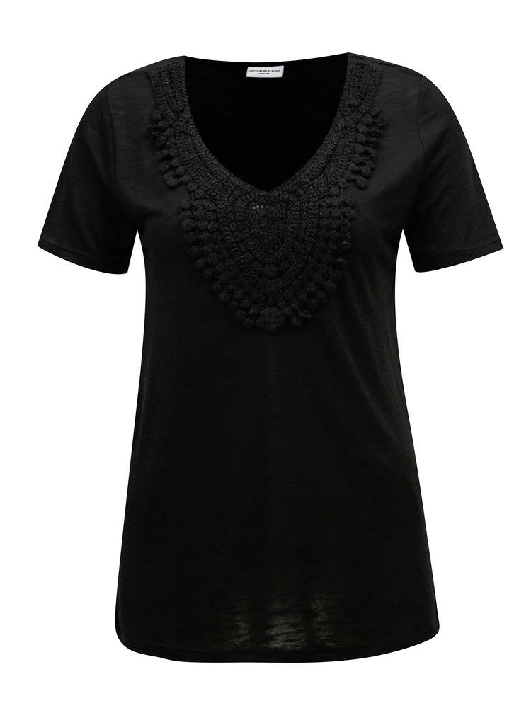 Černé tričko s krajkovou nášivkou Jacqueline de Yong Dodo