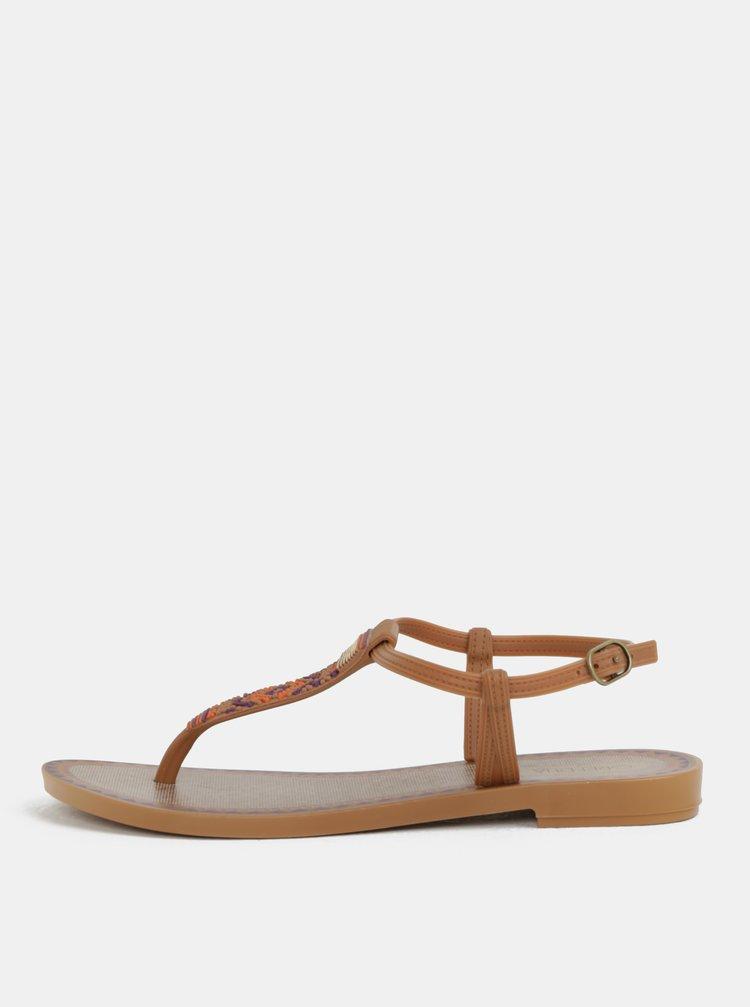 Hnedé sandále s aztéckym vzorom Grendha Acai