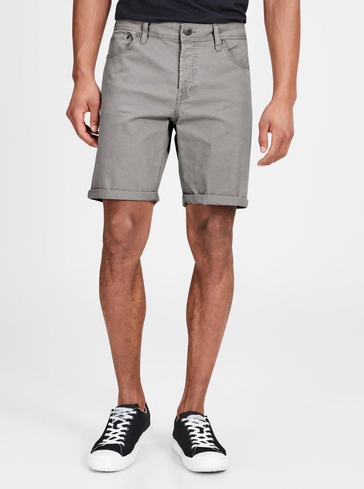 Pantaloni scurti gri cu croi comfort fit Jack & Jones Rick
