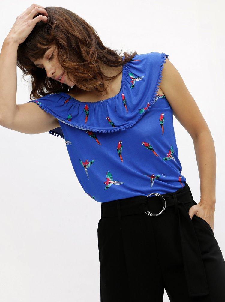 Modrý vzorovaný top s odhalenými ramneny M&Co