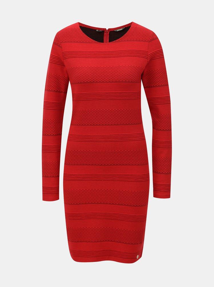 Červené pouzdrové šaty Superdry