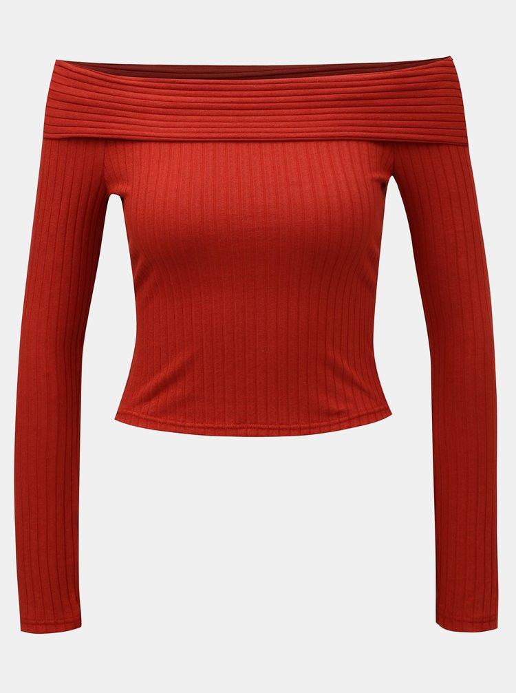 Červený žebrovaný crop top s odhalenými rameny Miss Selfridge Jumbo
