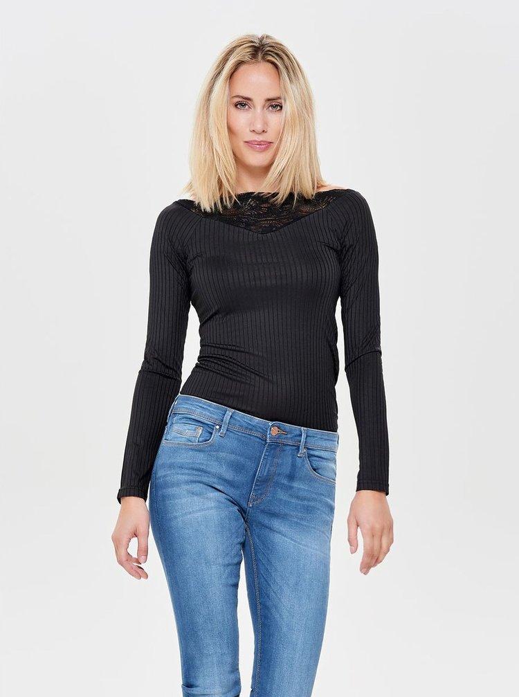 Čierne rebrované tričko s čipkovanými detailmi Jacqueline de Yong Rine