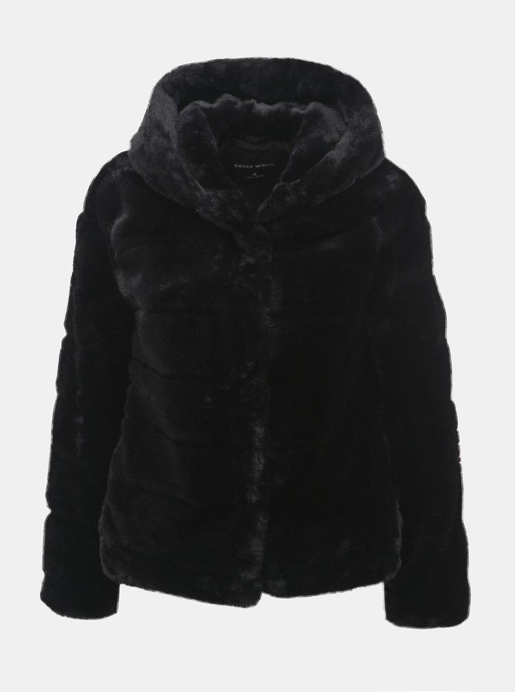 Čierny krátky kabát z umelej kožušinky s kapucňou TALLY WEiJL