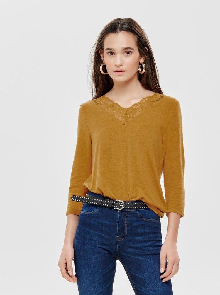 Hořčicové tričko s krajkou a 3/4 rukávem ONLY Glamour