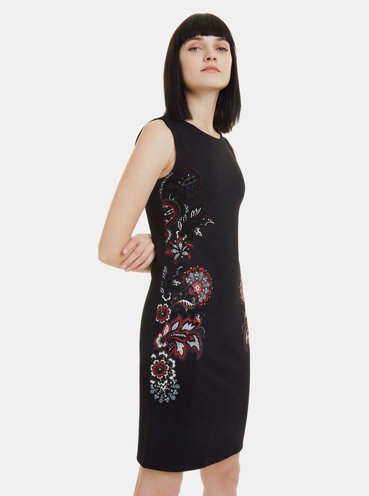Černé vzorované pouzdrové šaty Desigual Denis