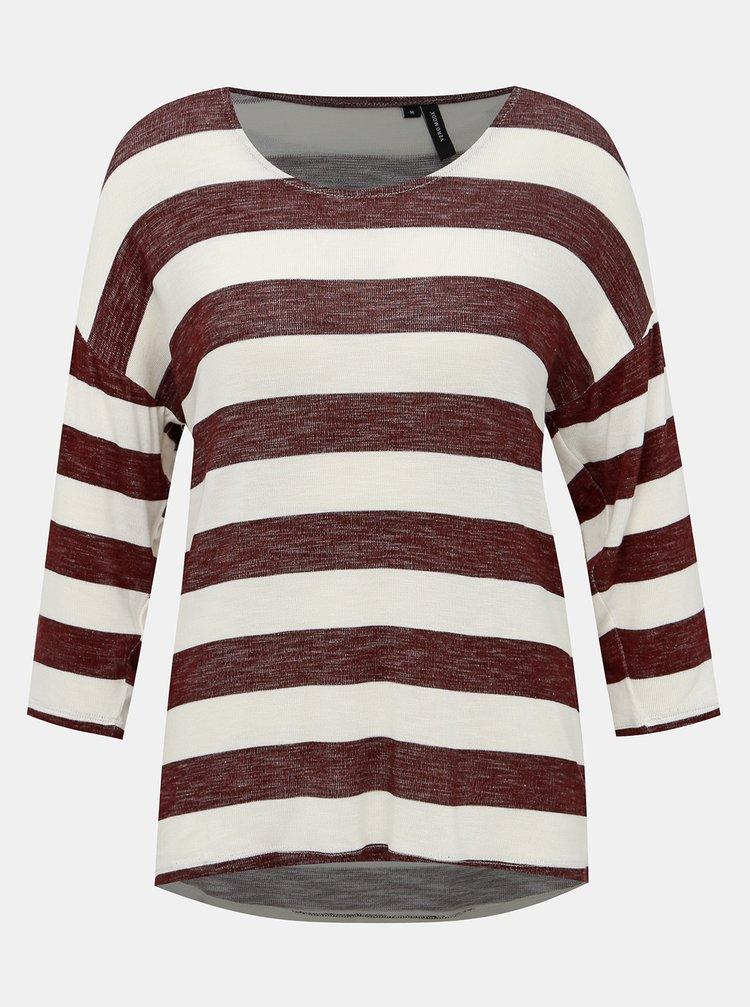 Vínovo-krémový pruhovaný lehký svetr VERO MODA Wide