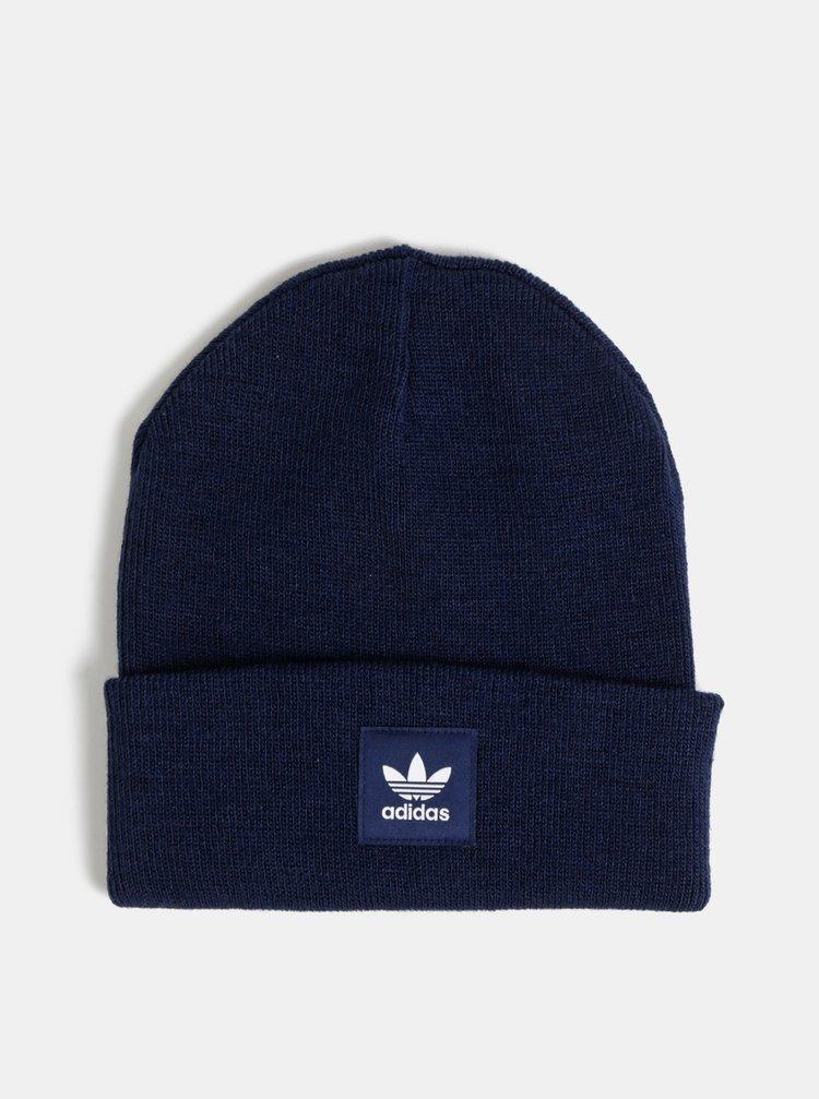 Tmavě modrá čepice s nášivkou adidas Originals