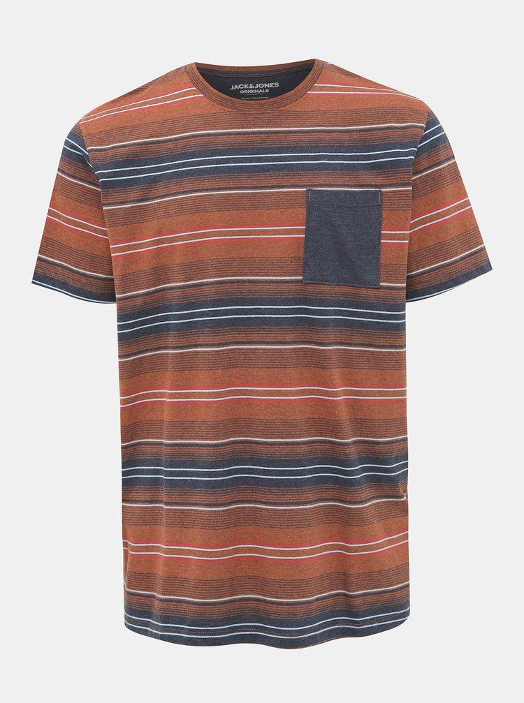 Hnědé pruhované tričko Jack & Jones Chil