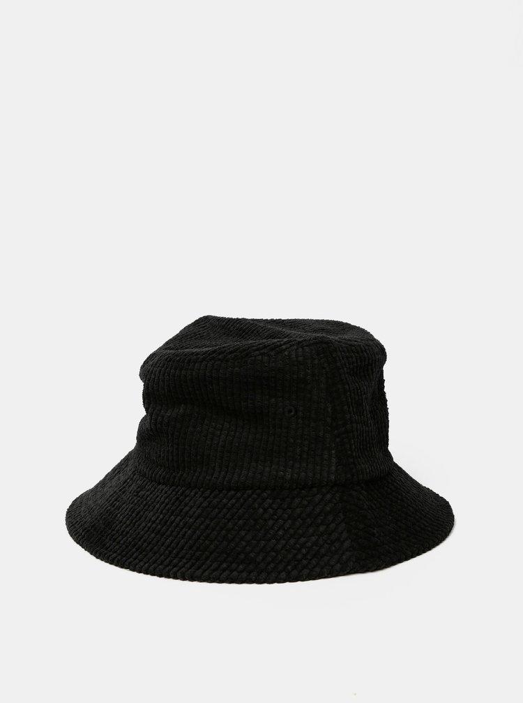 Černý manšestrový klobouk VERO MODA Lee