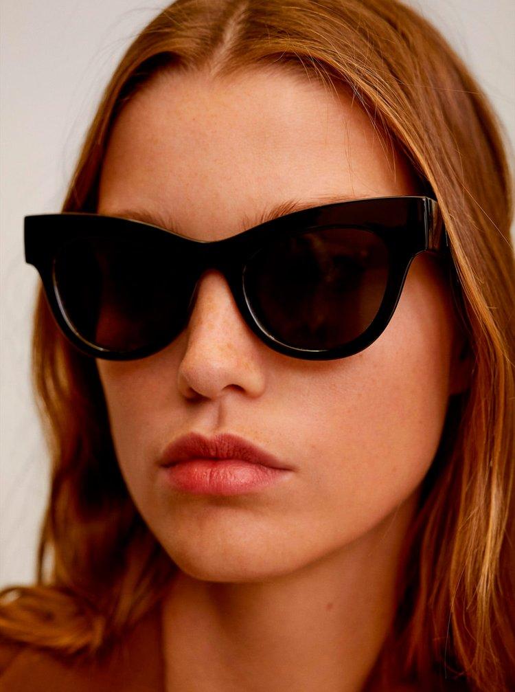 Černé sluneční brýle Mango Jules