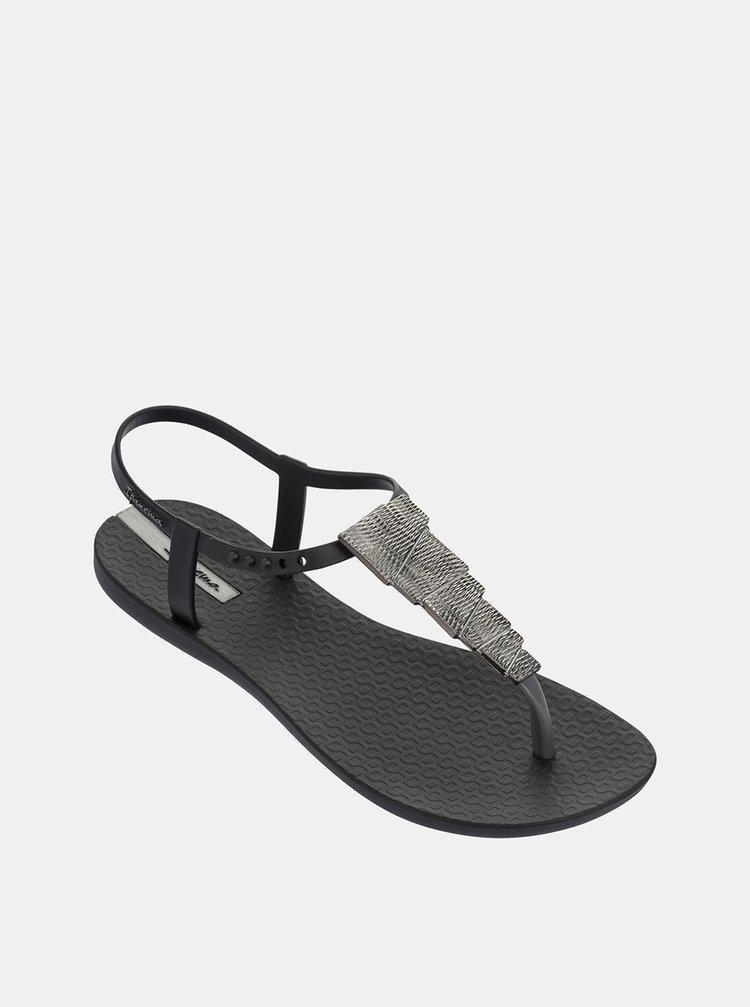 Čierne sandálky s ozdobou v striebornej farbe Ipanema Charm V