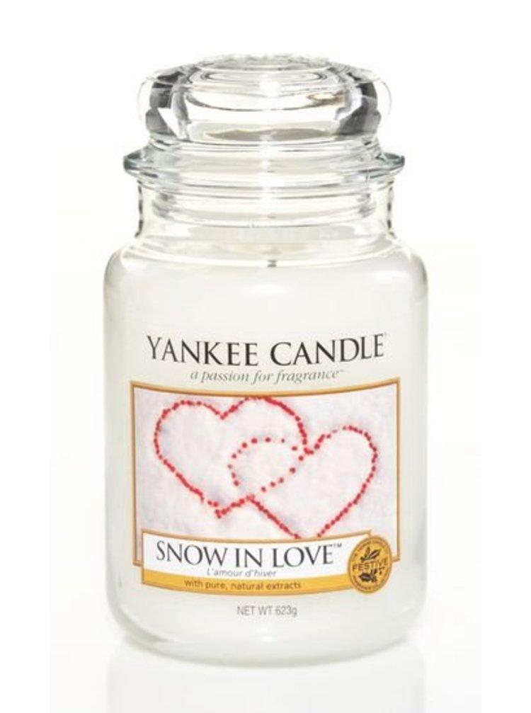 Yankee Candle vonná svíčka Snow In Love Classic velká