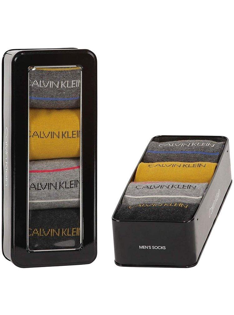 Calvin Klein šedé dárkový 4 pack ponožek Dark Grey Combo