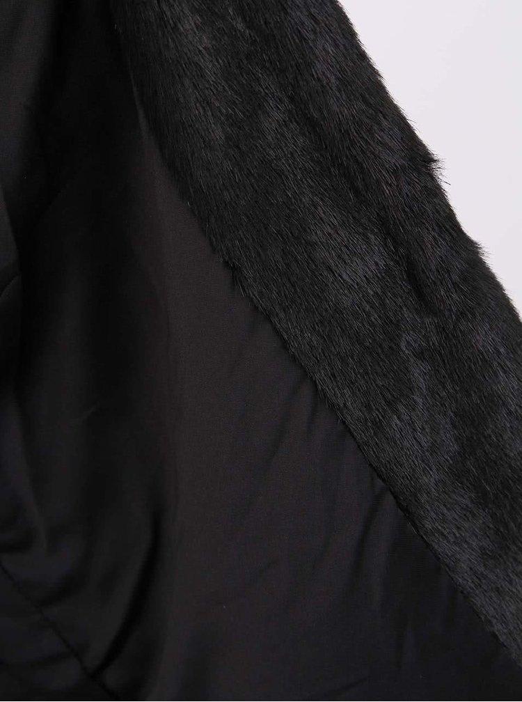 Černý kabát z umělé kožešiny YAYA