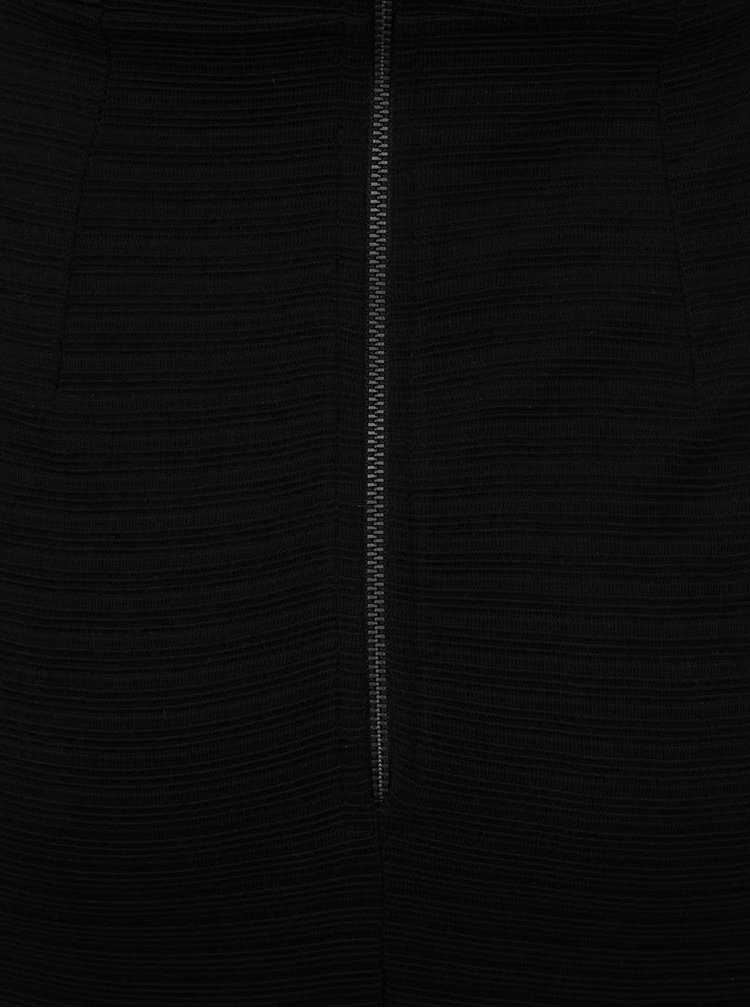 Černé přiléhavé šaty se zipem na zádech Closet