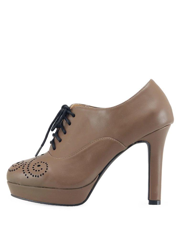 Béžové topánky Victoria Delef s dierkovaným vzorom