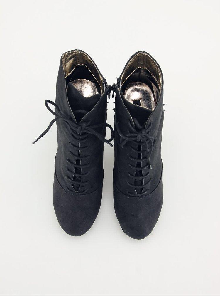 Botine negre cu ținte de la Victoria Delef