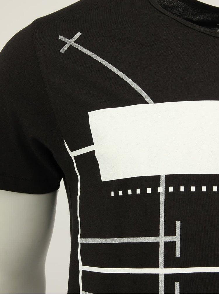 """Černé unisex triko """"korzet"""" od Pavla Berkyho"""