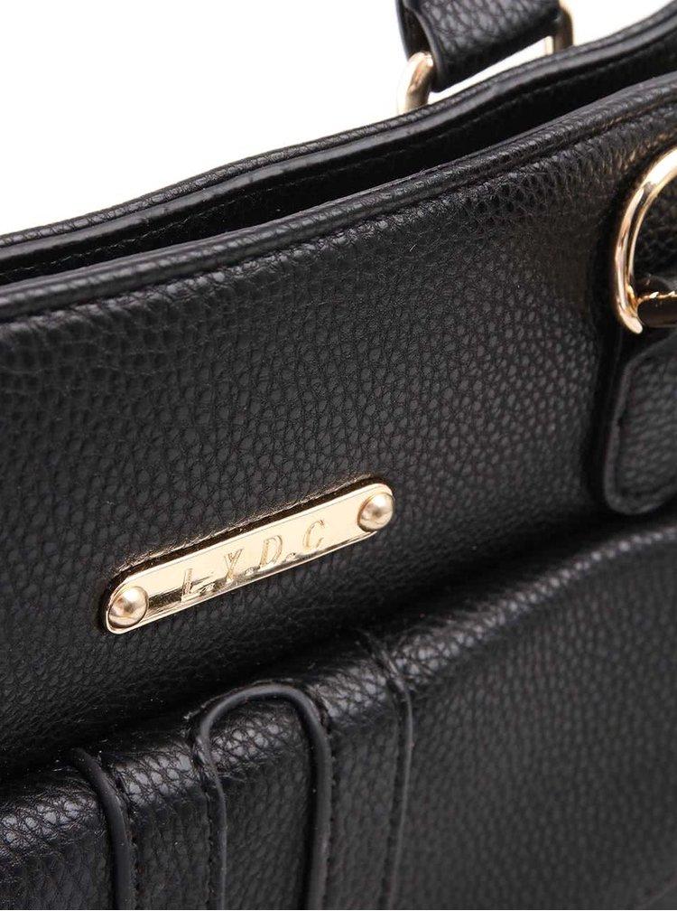 Černá kabelka s přezkou LYDC