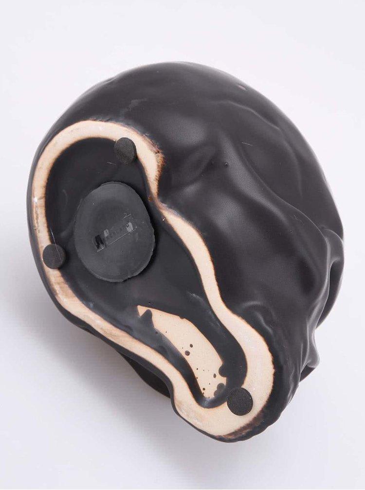 Černá pokladnička na mince ve tvaru lebky Kikkerland Coin