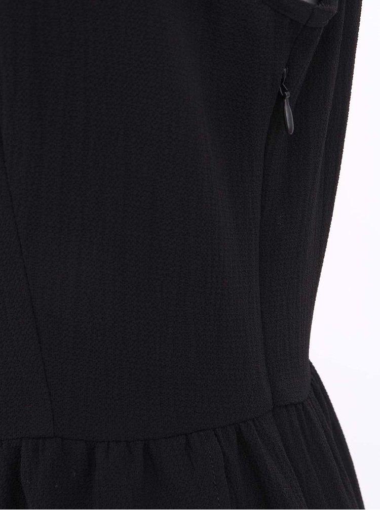 Černé šaty s krajkovanými zády ONLY Scuba