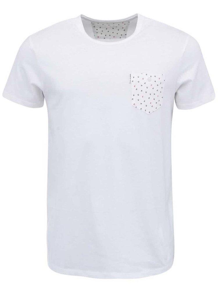 Bílé triko s potištěnou kapsou Ben Sherman