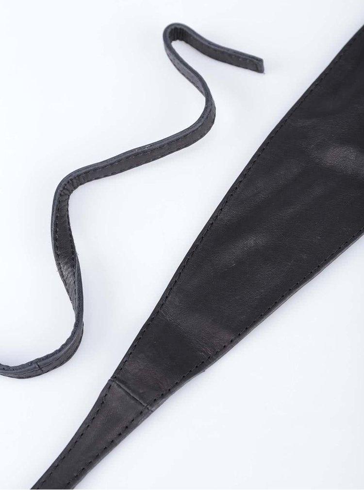 Čierny kožený opasok Pieces Vibs