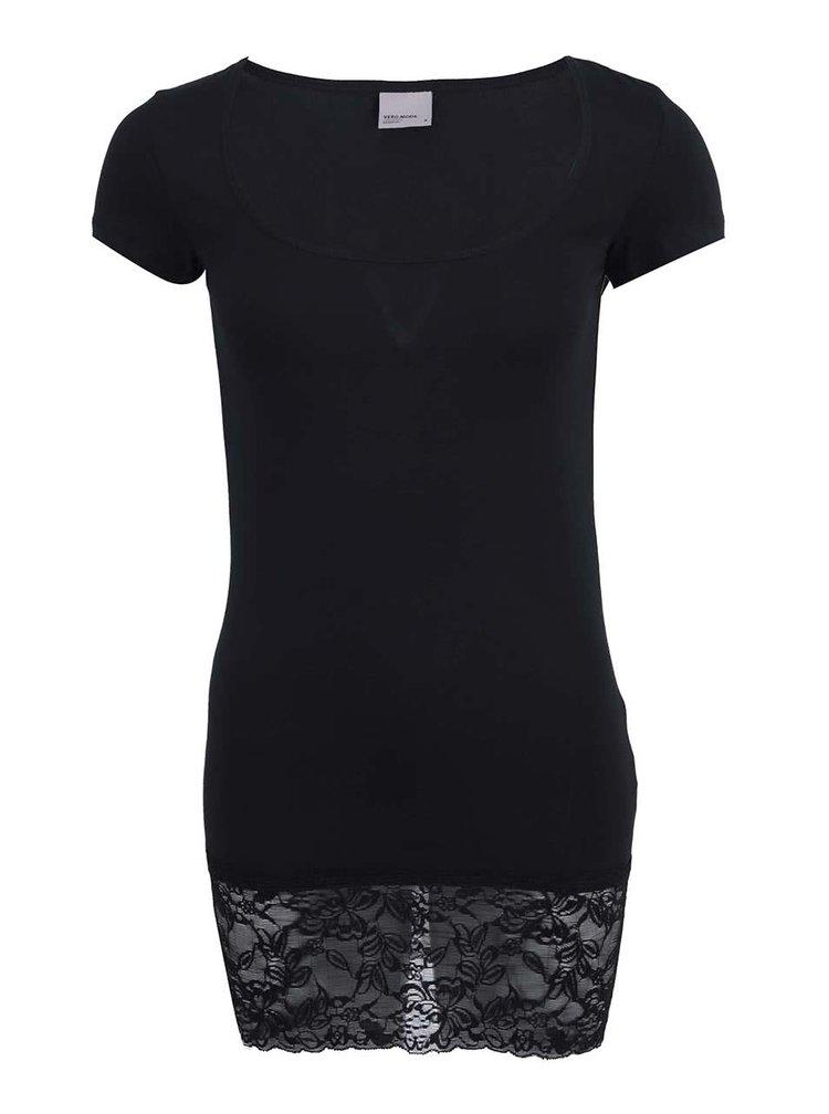 Černé delší tričko s krajkovaným lemem VERO MODA Maxi My