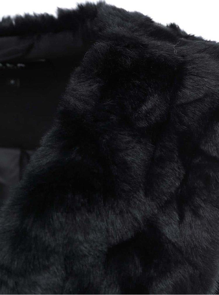 Černá kožešinová vesta VILA Perla