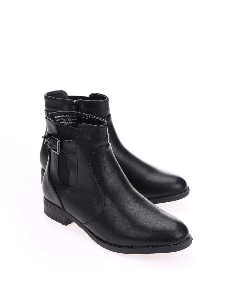 Černé kotníkové boty Pieces Sha