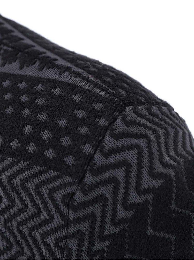Čierny vzorovaný sveter ICHI Minali