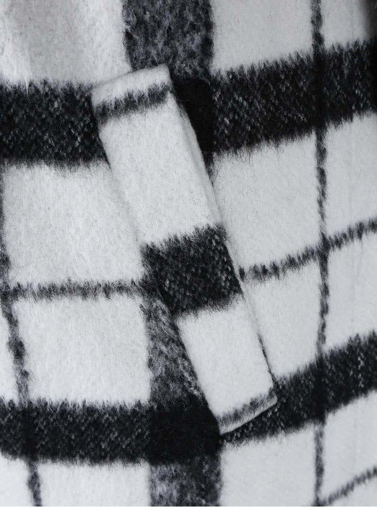 Čierno - biely kockovaný kabát ICHI Tiu
