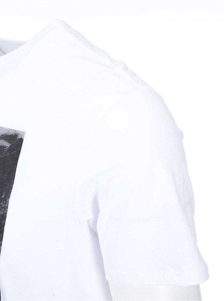 Bílé triko s potiskem kytary Ben Sherman