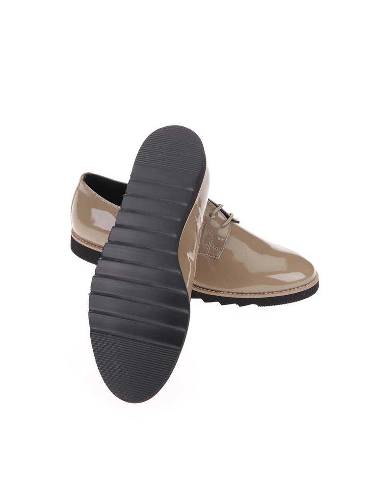 Pantofi lucioși bej OJJU