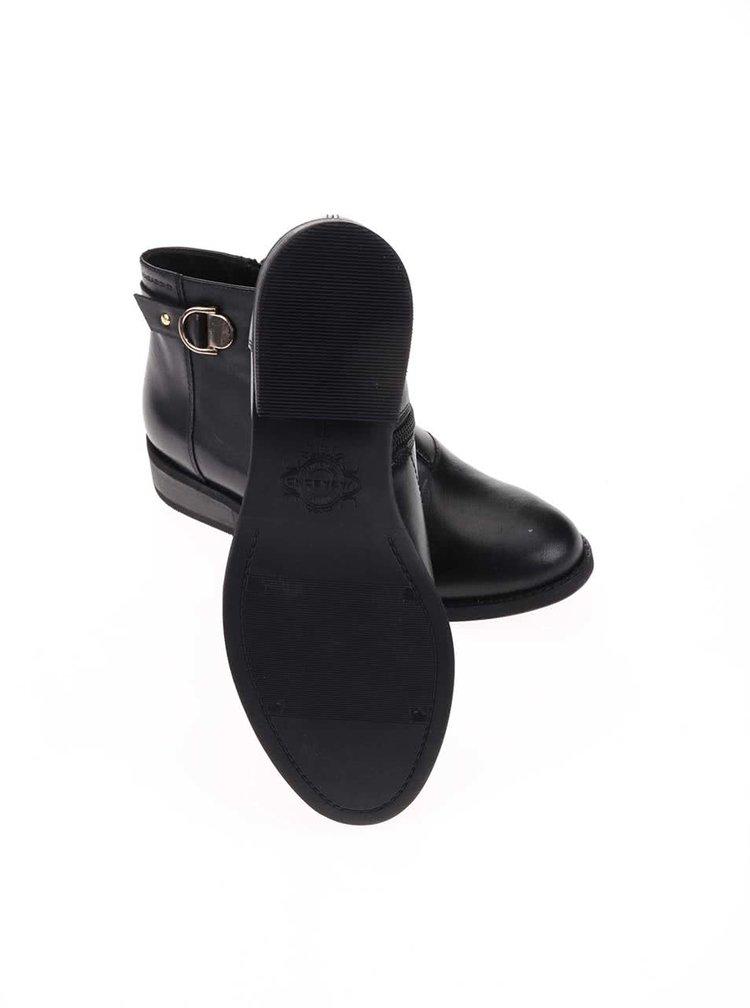 Čierne kožené členkové topánky Vagabond Cary