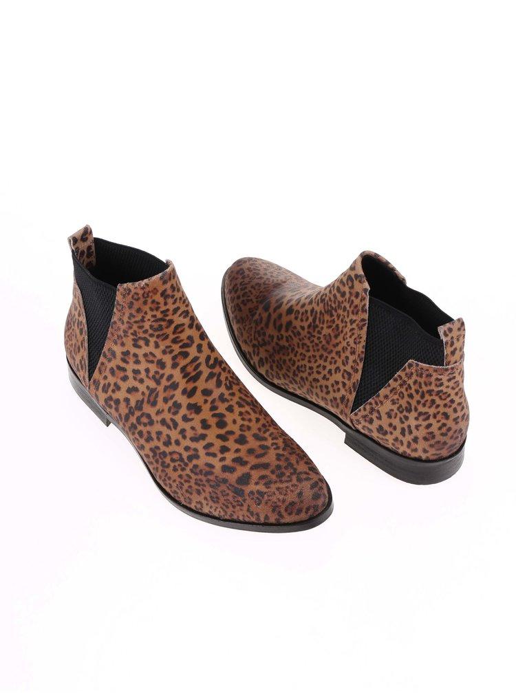 Hnedé dámske kožené leopardie chelsea topánky Bullboxer