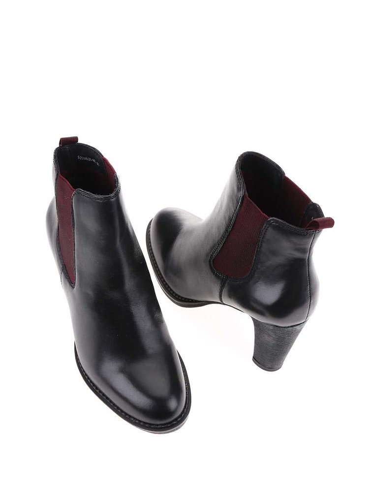 Čierne dámske kožené chelsea topánky na podpätku s.Oliver