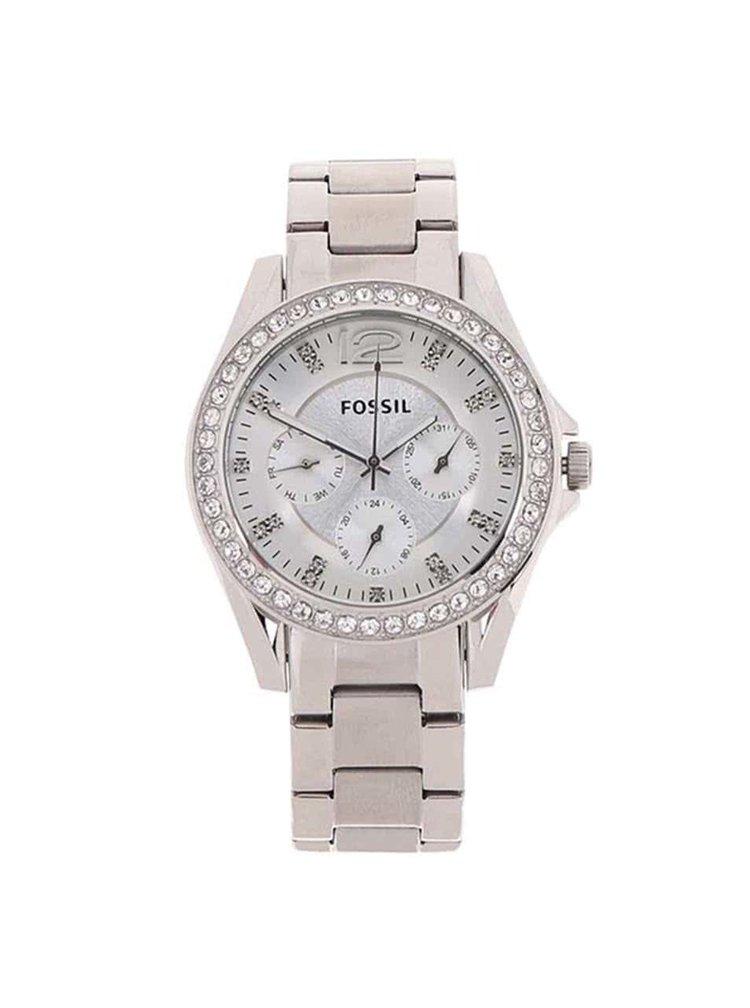 Dámské hodinky ve stříbrné barvě s nerezovým páskem Fossil Riley