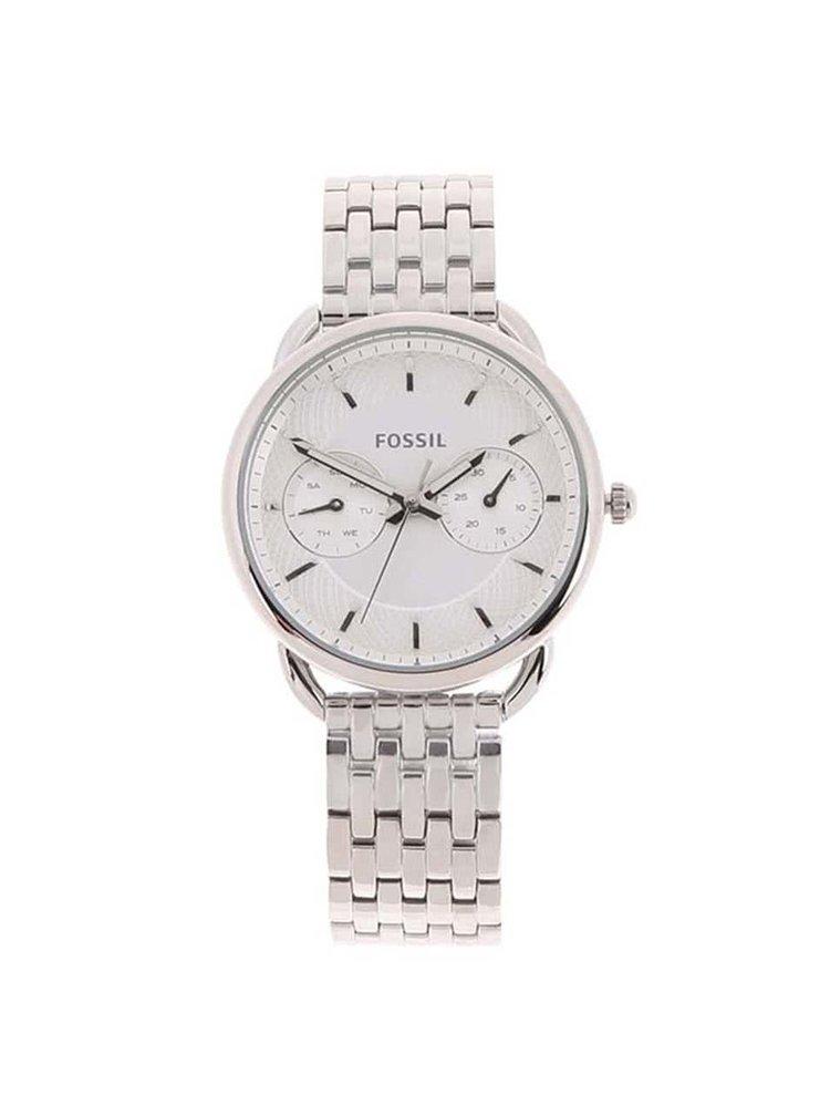 Dámské hodinky ve stříbrné barvě s nerezovým páskem Fossil Tailor