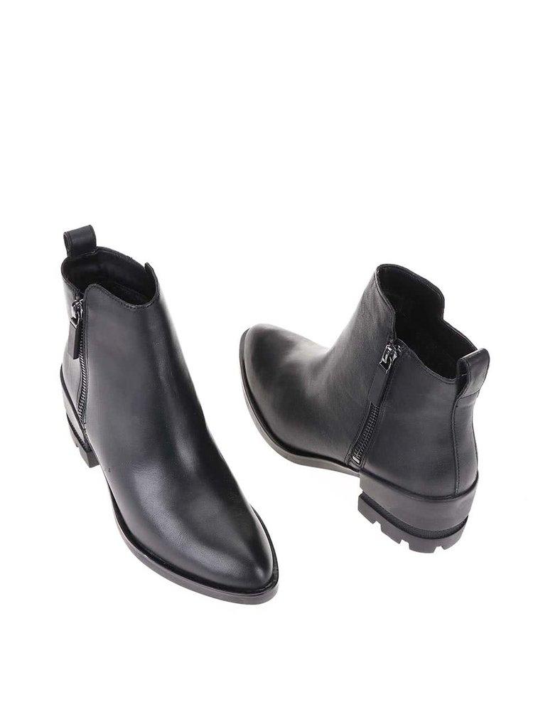 Černé dámské kožené kotníkové boty ALDO Lyttle