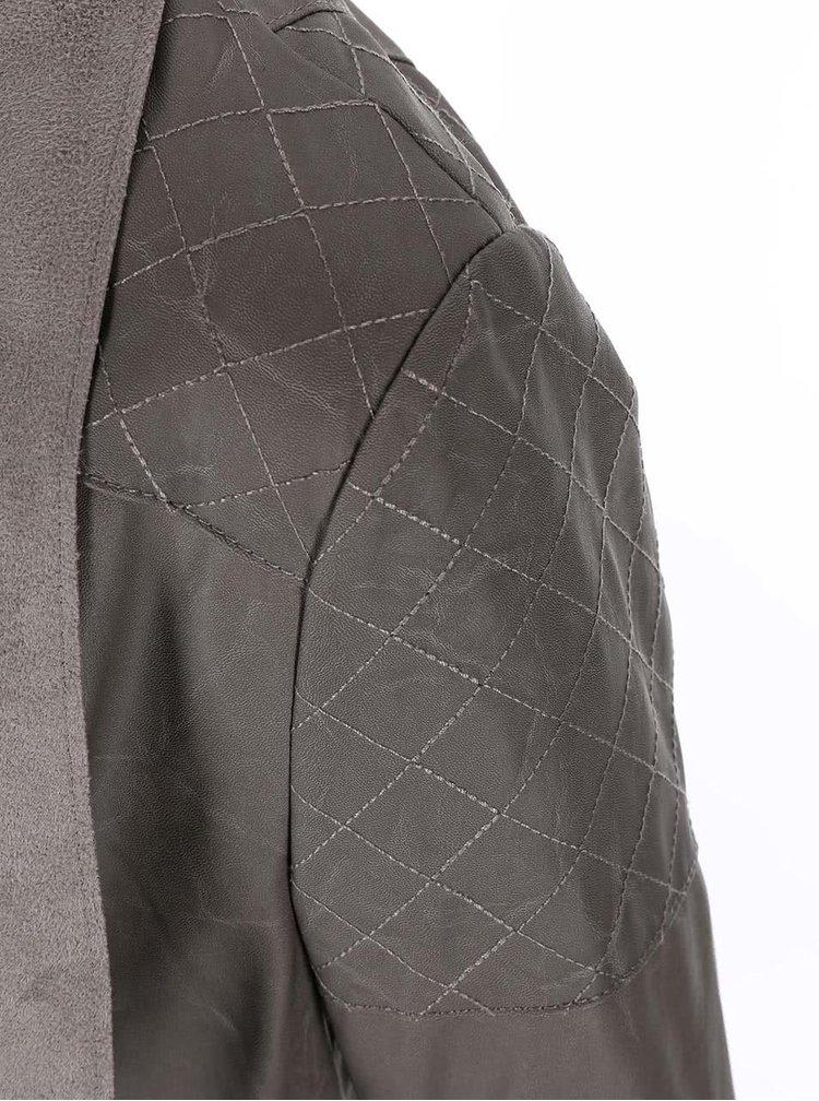 Jacheta din piele artificiala gri de la New Look